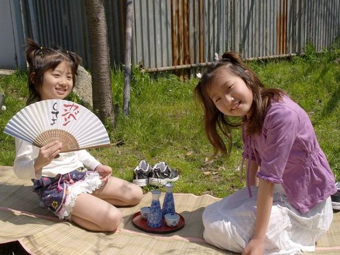 小女孩脚 袜>的照片